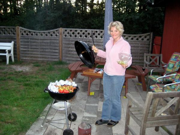 The beautiful BBQ assistant